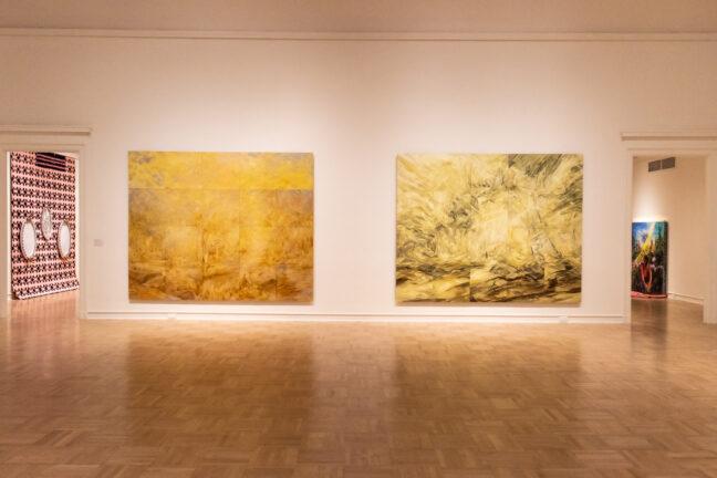<p><em>2020 - 2021 University of Washington MFA + MDes Thesis Exhibition</em> [Installation view]. Photo: Stephanie Fink.</p>
